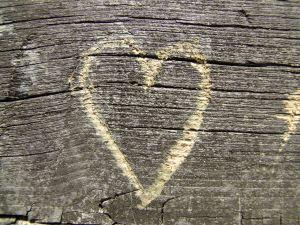 wooden-heart-1-863192-m